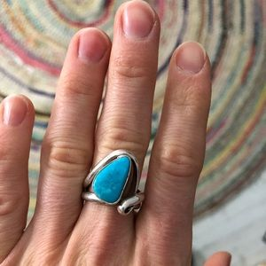 Jewelry - Beautiful silver turquoise ring